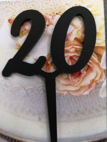 20 kakkukoristetikku, musta