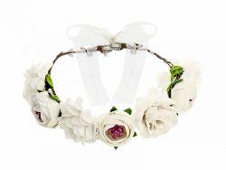 Kukkaseppele valkoinen