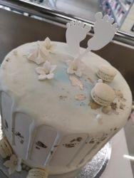 Varpaat kakkukoristetikku valkoinen