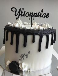 Ylioppilas kakkukoristetikku, musta